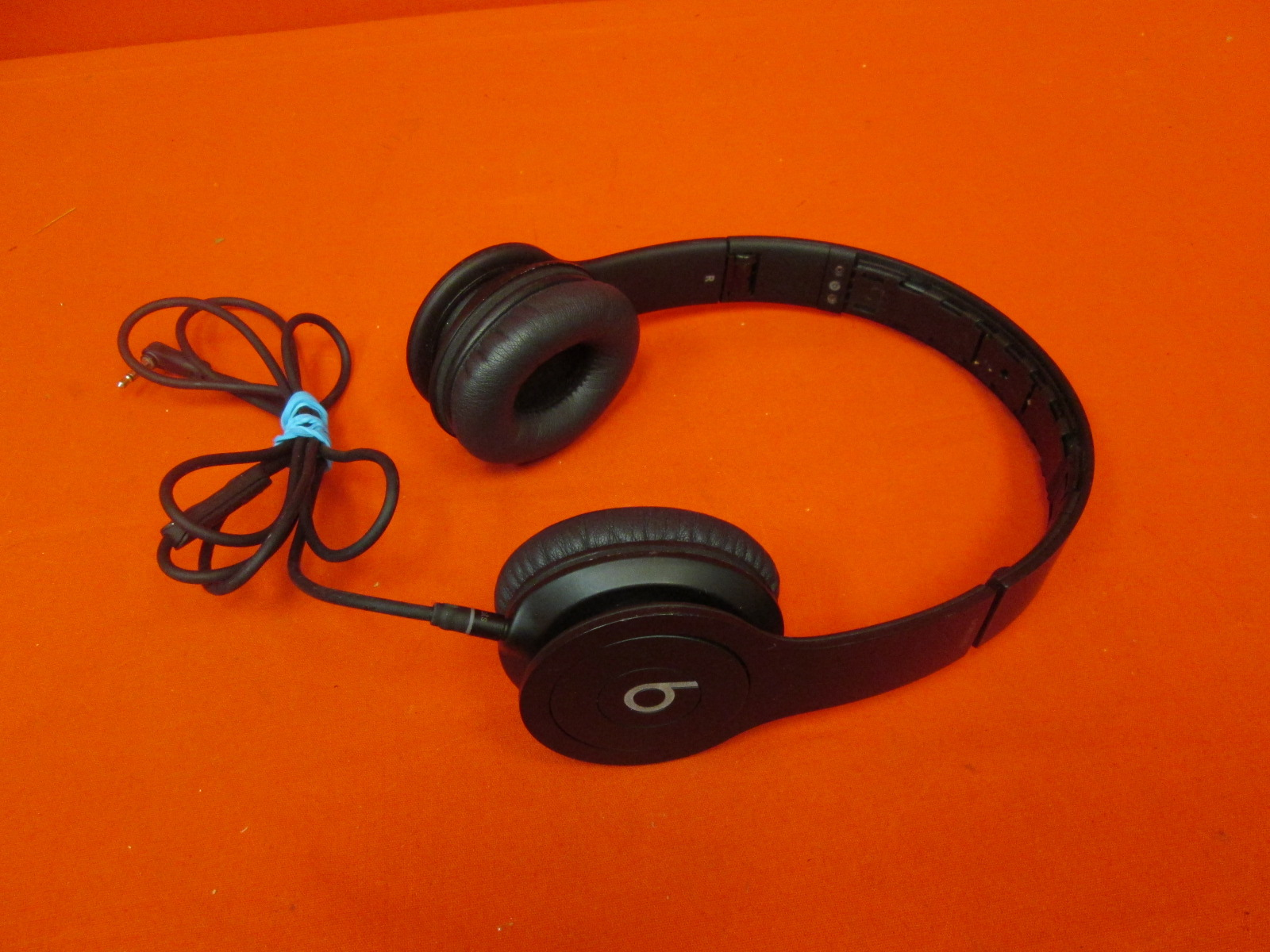 Image 0 of Beats Solo HD Wired On-Ear Headphone Black