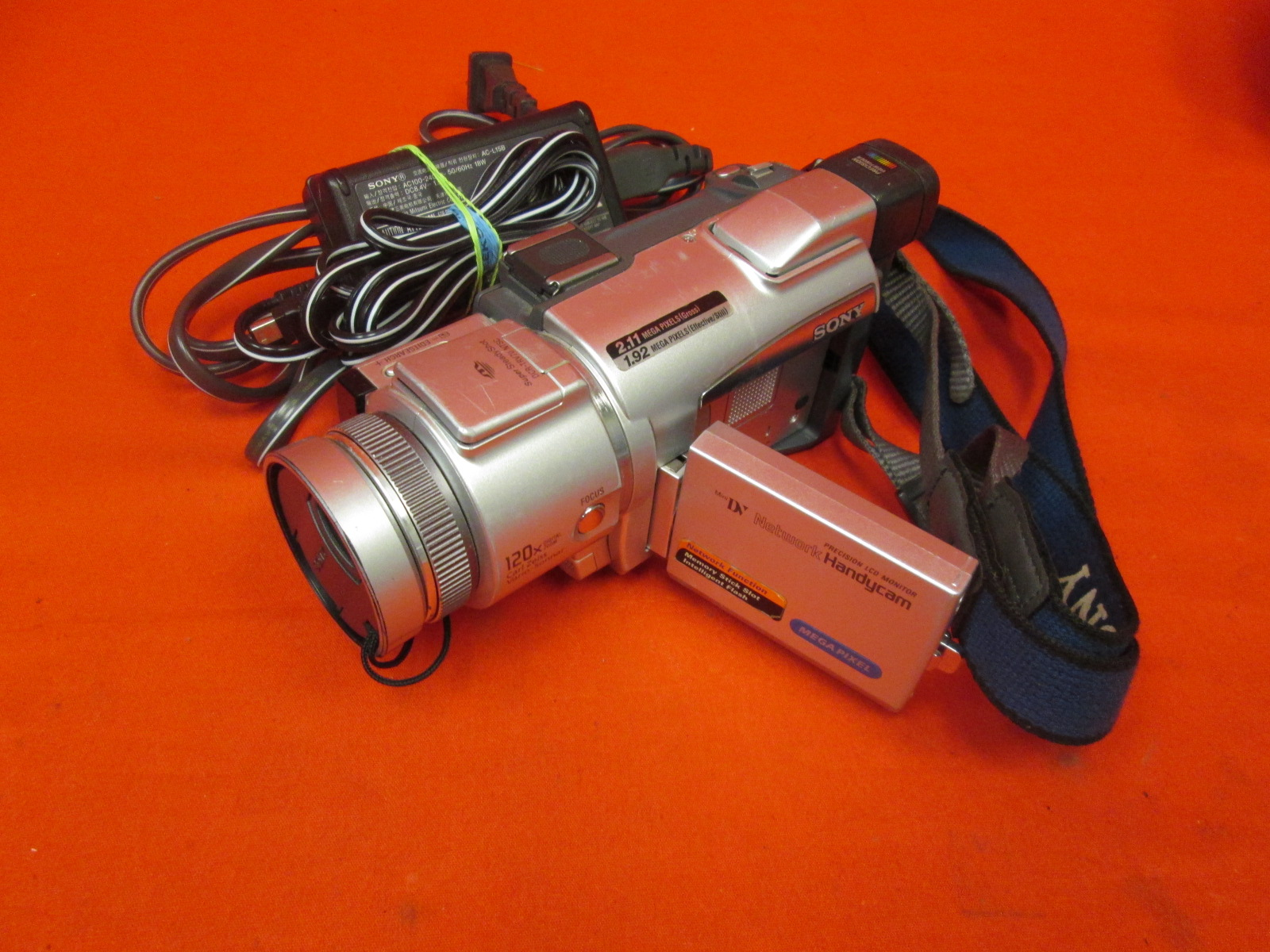 Sony DCRTRV70 MiniDV 2MP Camcorder With 2.5 Inch LCD Camera Incomplete