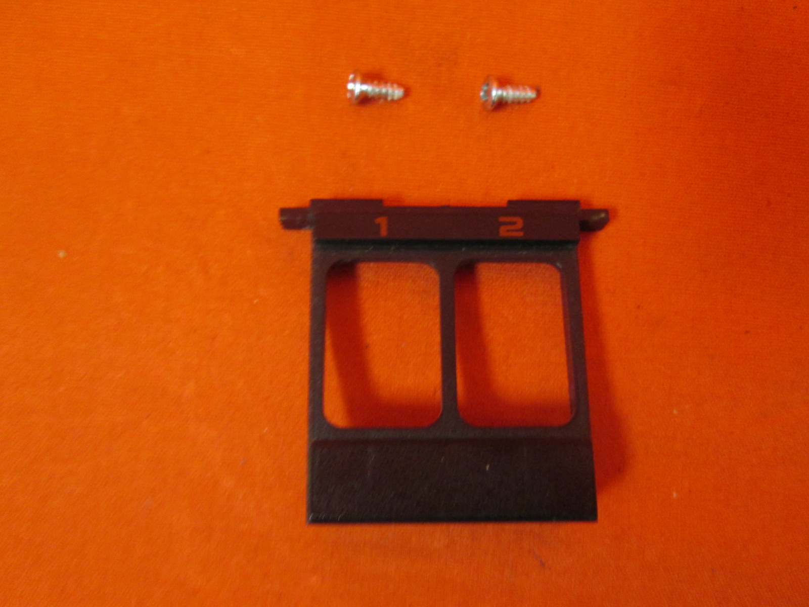 Replacement Nintendo OEM Controller Port Cover With Screws For NES