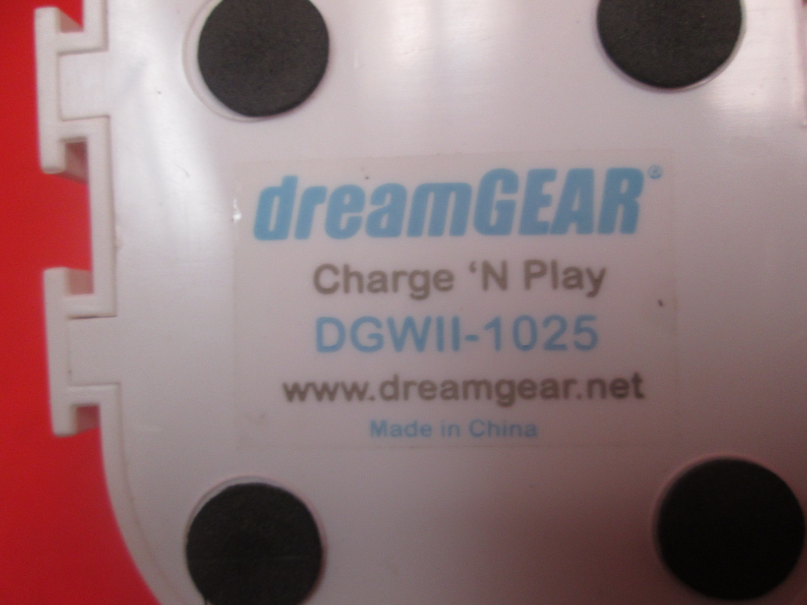 Image 1 of Dreamgear DGWII-1025 Remote Charging Station For Wii