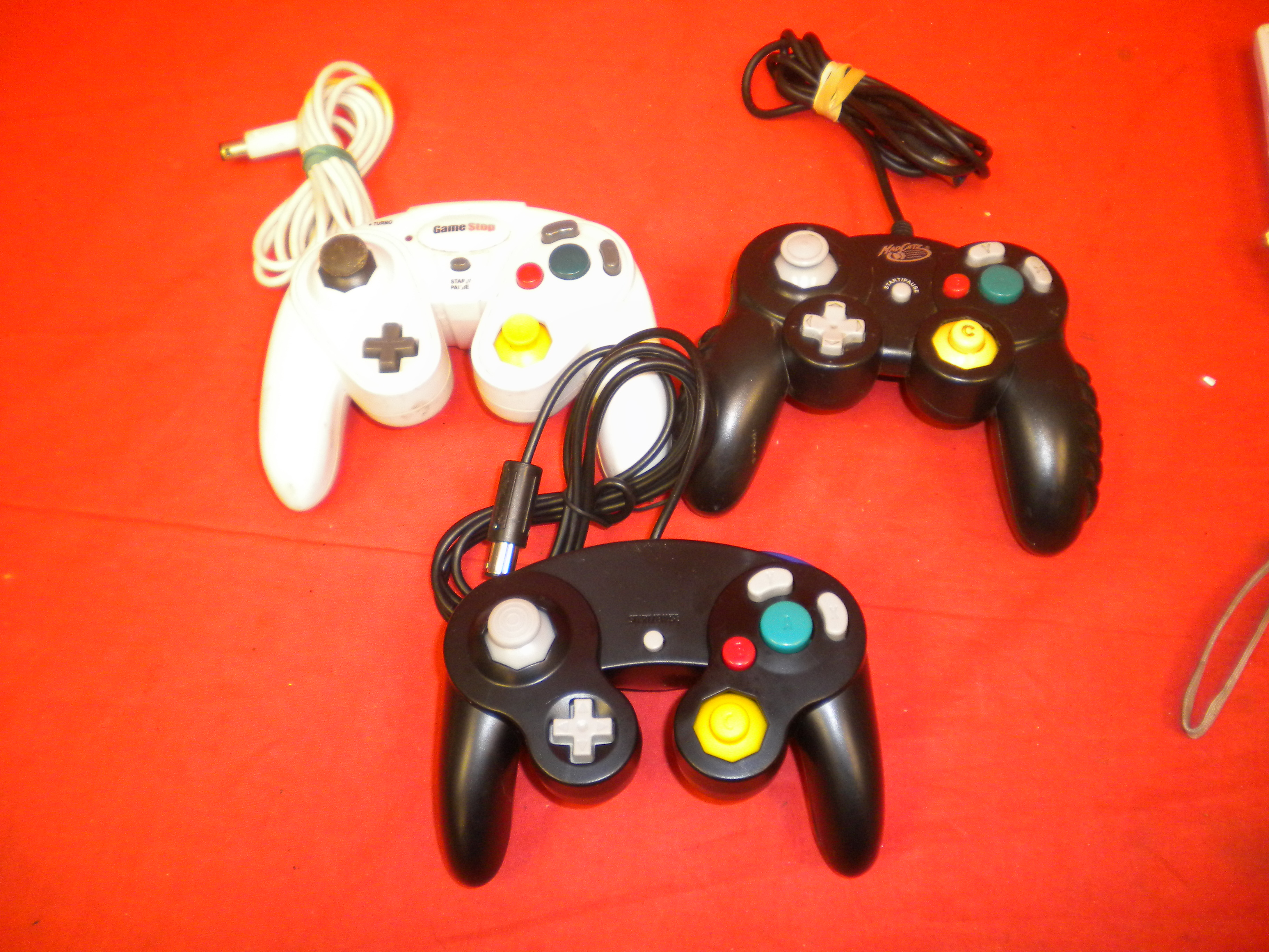 Lot Of 3 Generic Working Controllers For GameCube