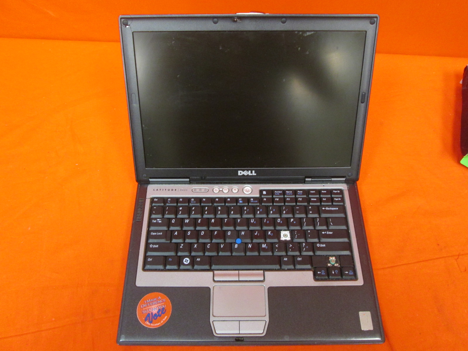 Broken Dell Latitude D620 Laptop Intel Core 2 Duo 3GB RAM 160GB Hdd