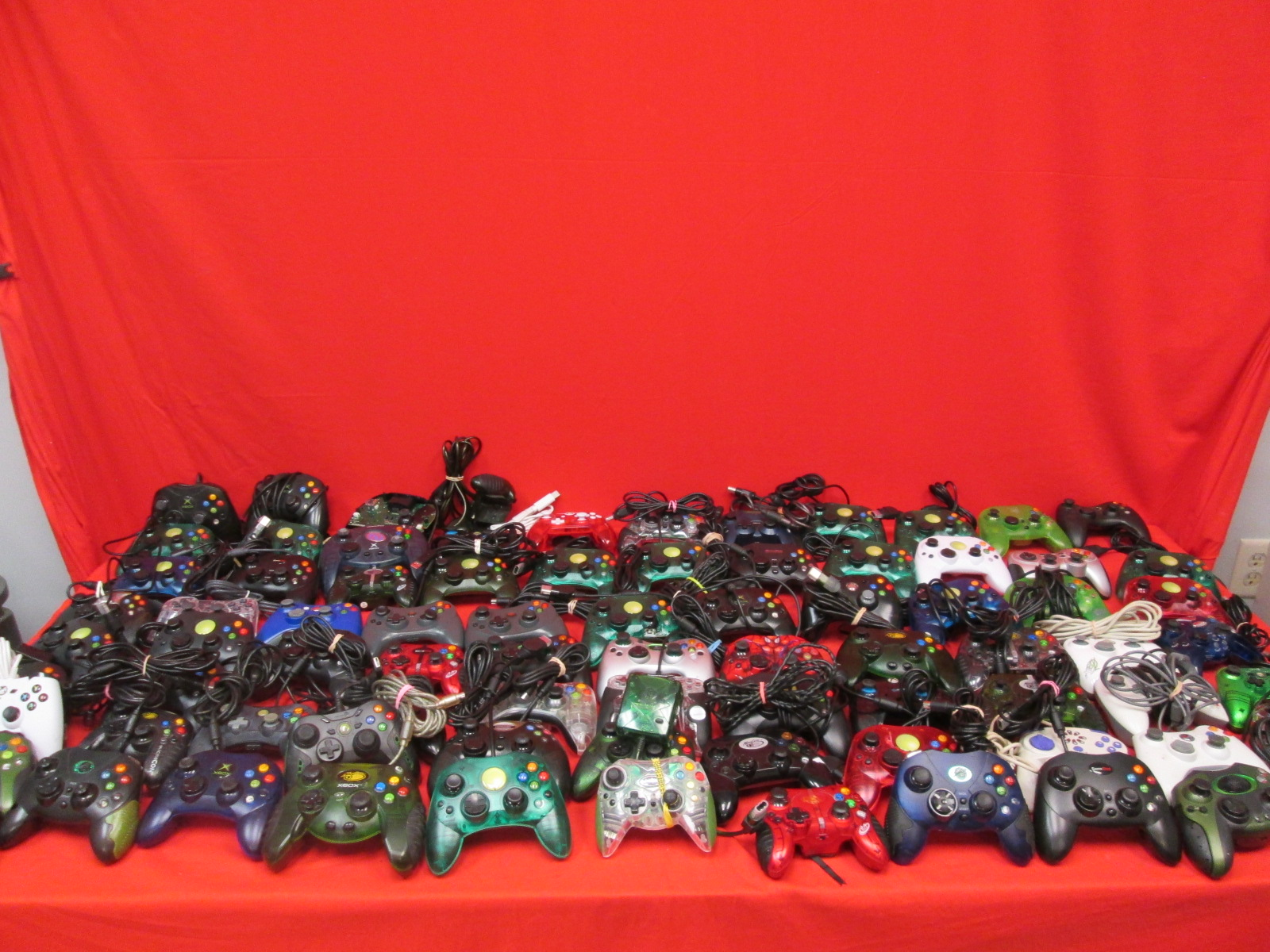 Broken Lot Of 85 Xbox Generic Video Game Controllers