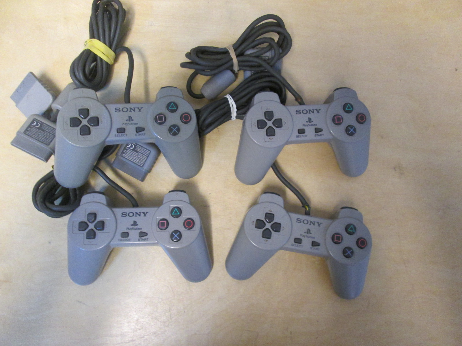 Lot Of 4 Sony Controllers Gray Non-Dualshock For PlayStation 1