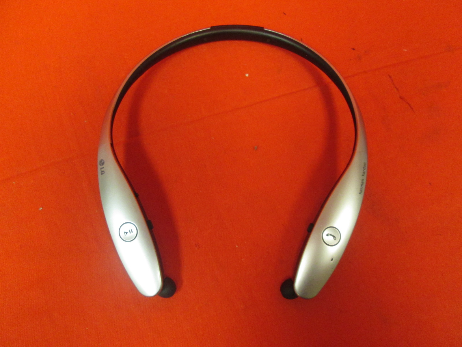 LG Tone Infinim HBS-900 Wireless Stereo Headset Silver