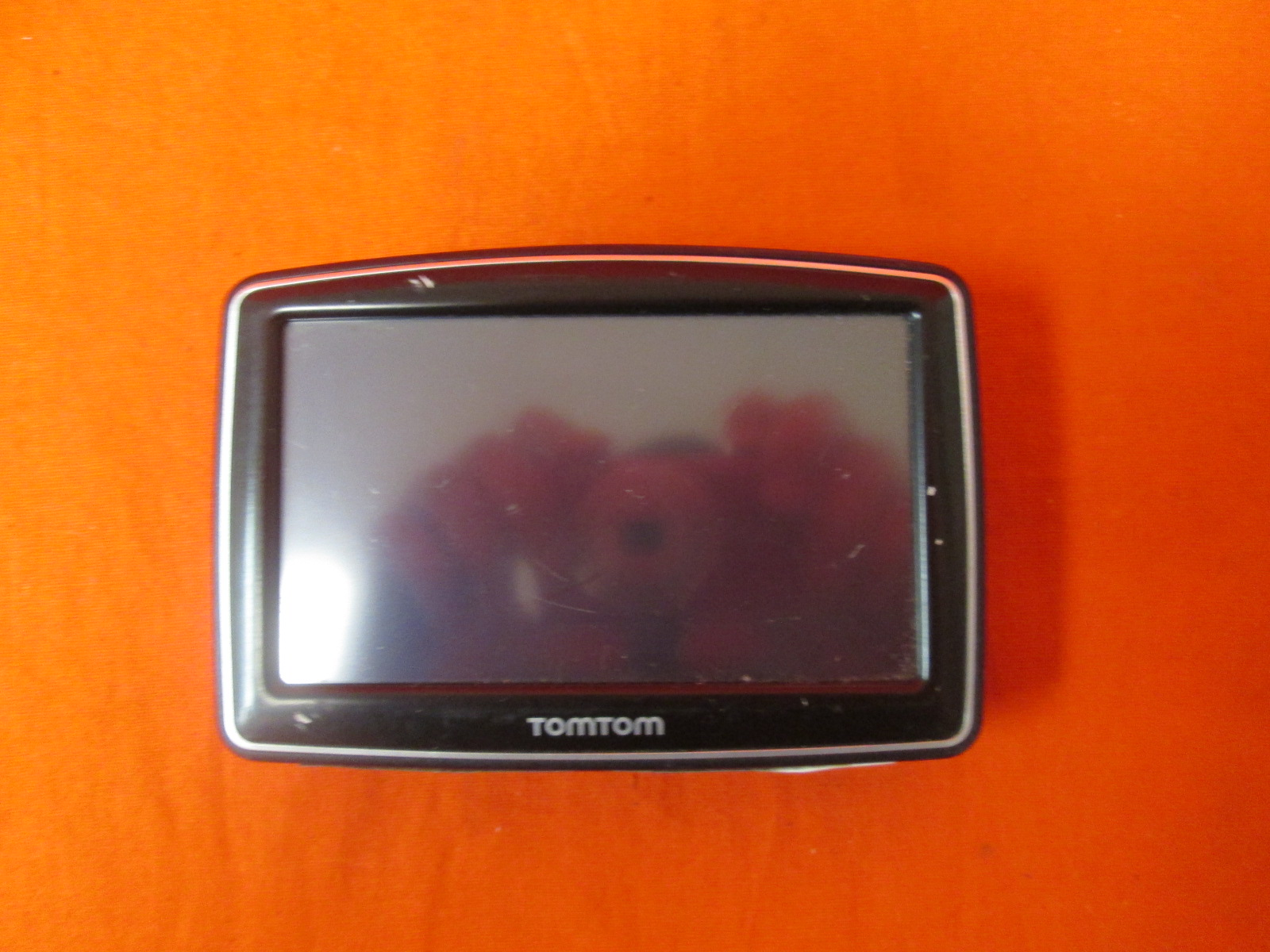 TomTom One N14644 GPS Incomplete