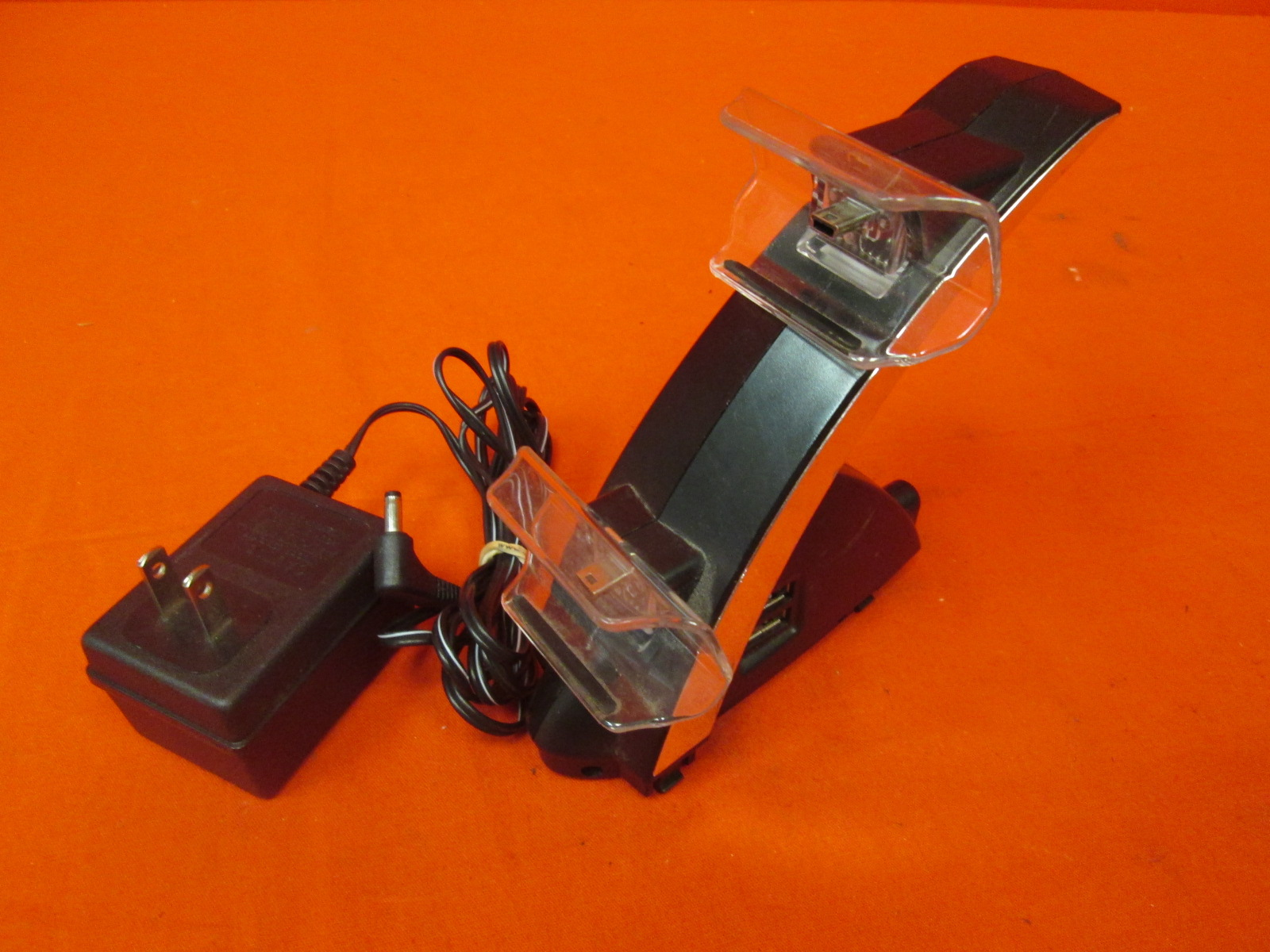 Image 0 of Dual USB Charging Docking Station For PlayStation 4 PS4 Controllers