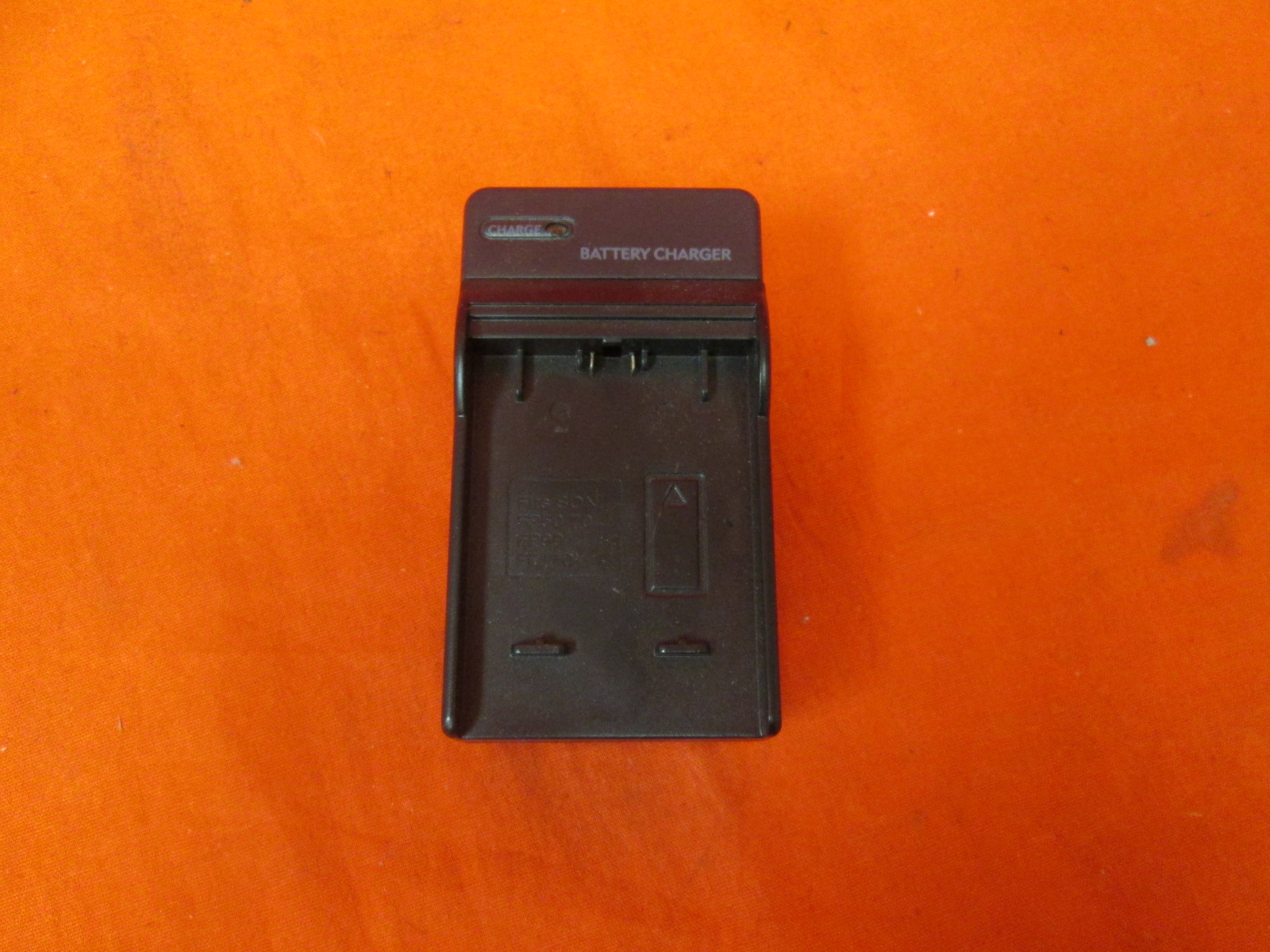 Travel Battery Charger For Sony NP-FP50 FP70 And FP90 Batteries