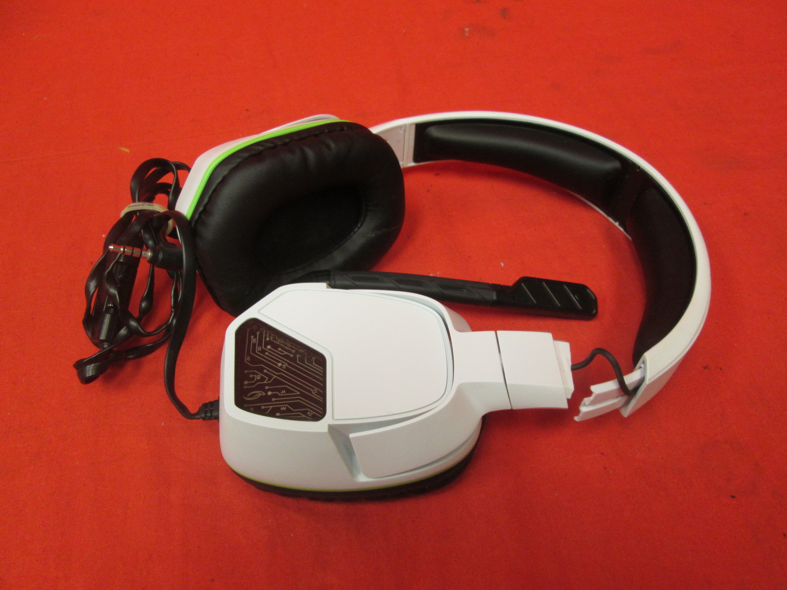 Broken PDP Afterglow Lvl 3 Wired Headset For Xbox One White