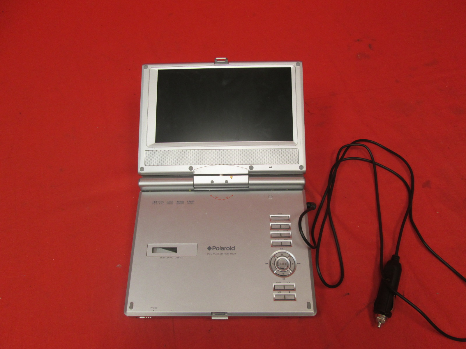 Polaroid PDM-0824 8-inch Swivel Screen Portable DVD For PlayStation 2