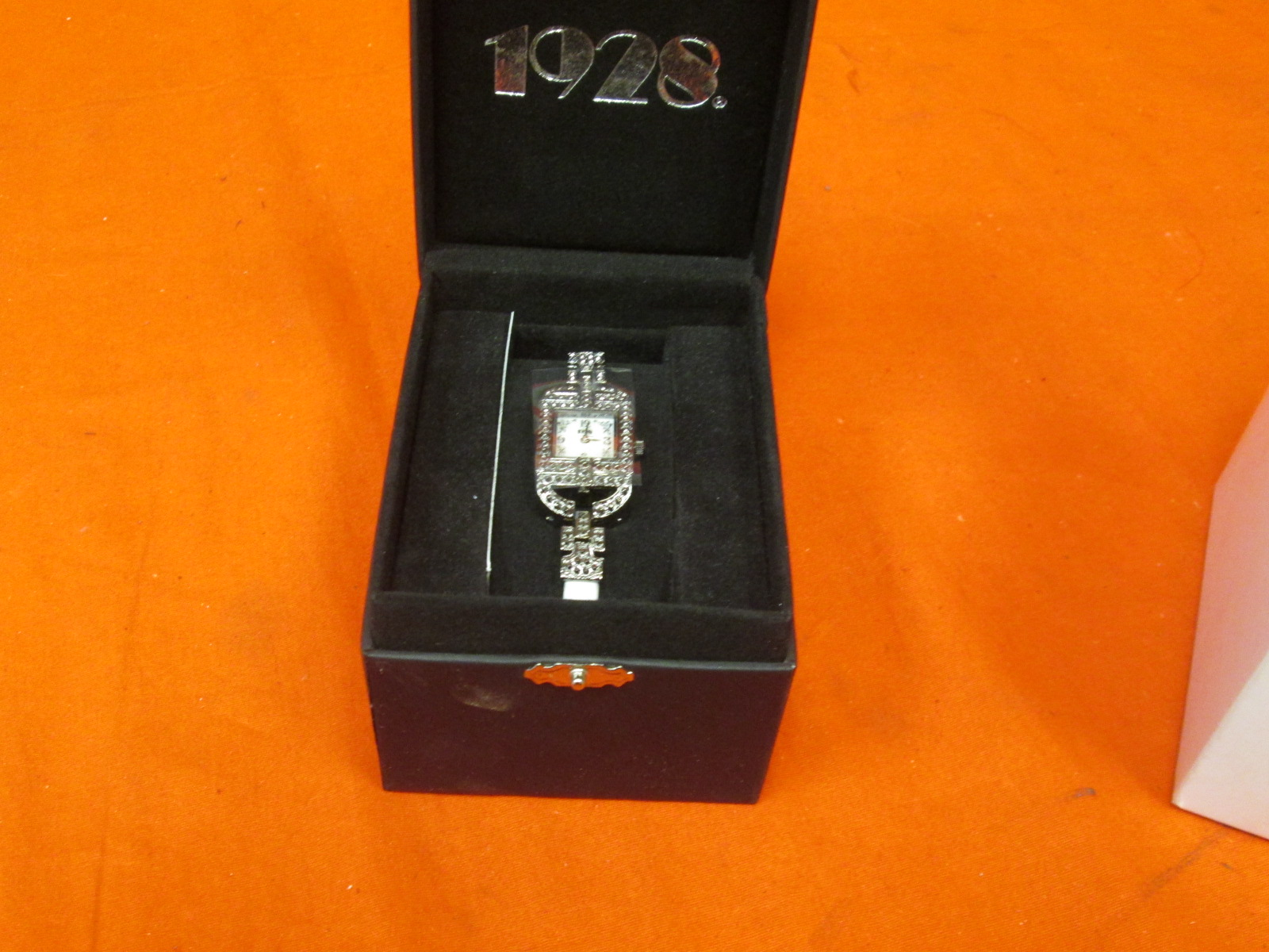 1928 Women's Mi-Wh Michele White Watch