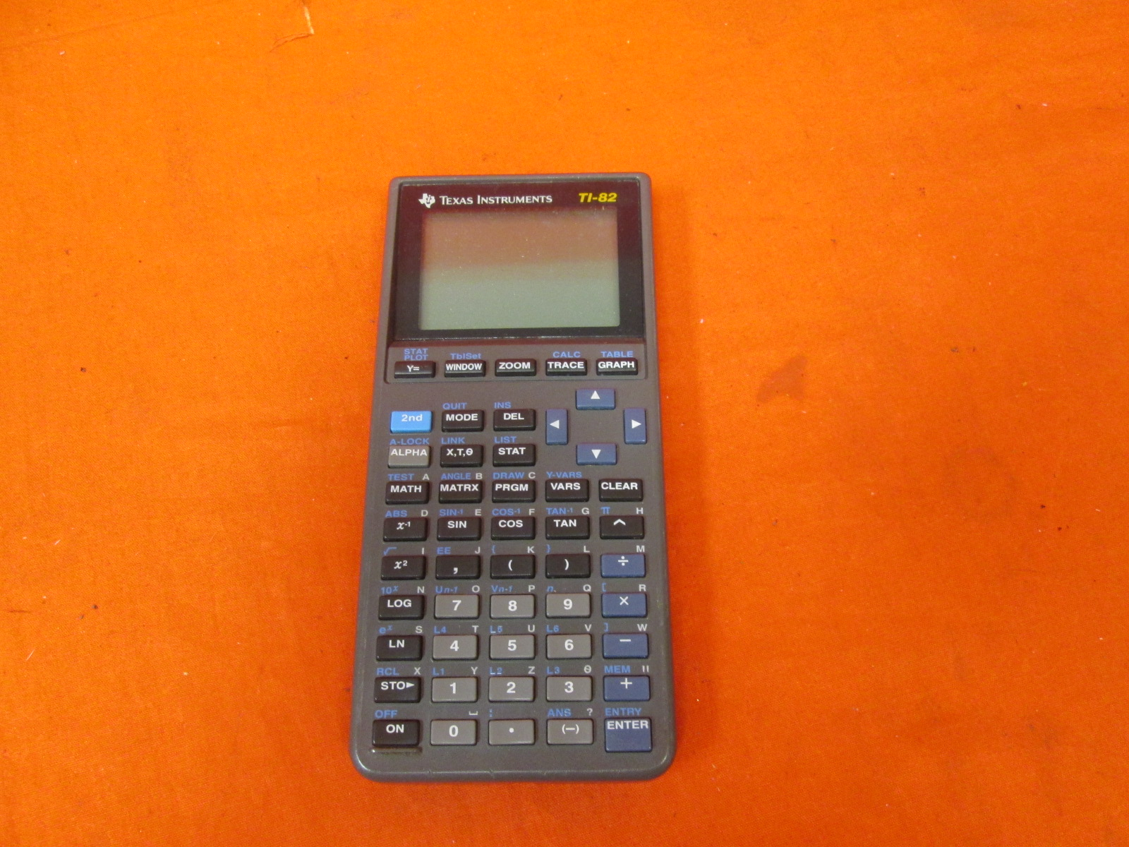 Broken Texas Instruments TI-82 Graphing Calculator