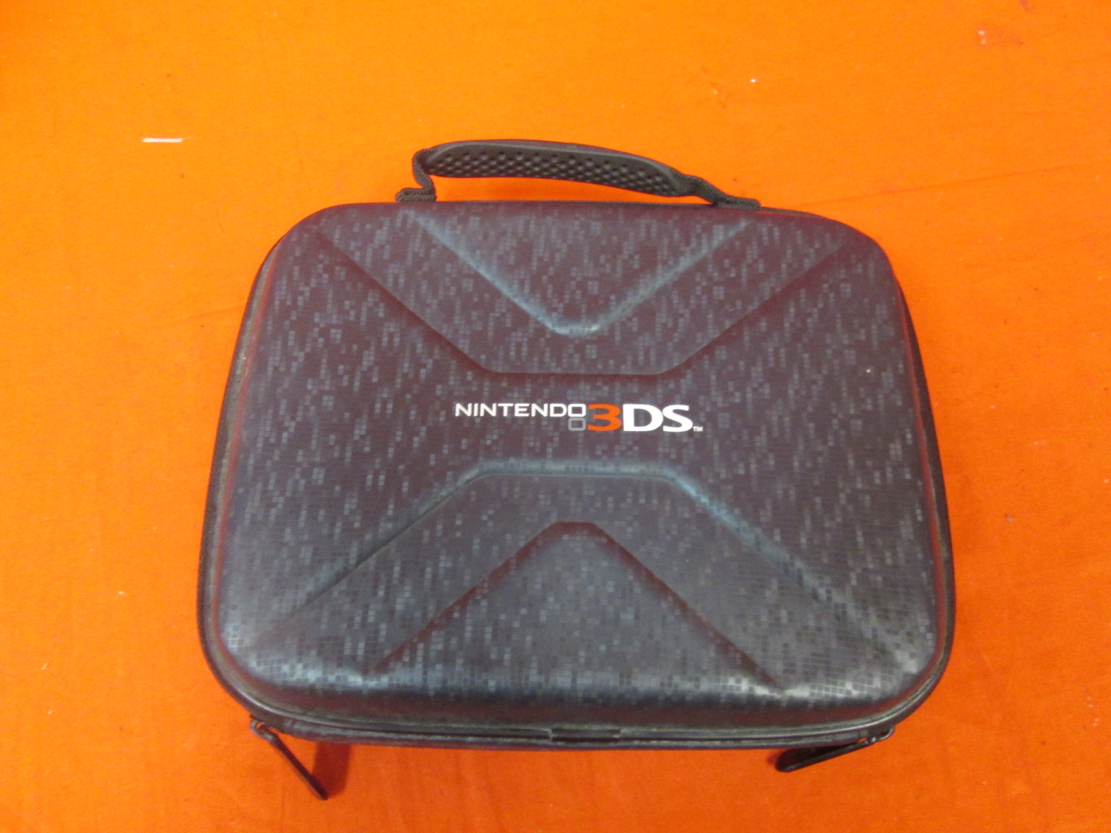 Power A Nintendo 3DS Case Incomplete