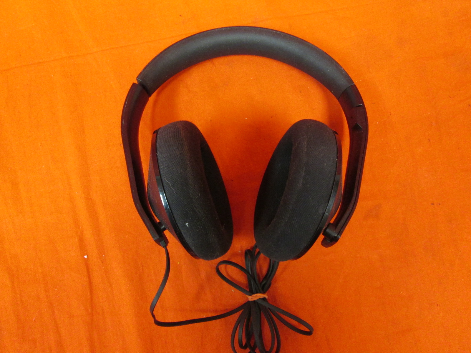 Broken Stereo Headset For Xbox One