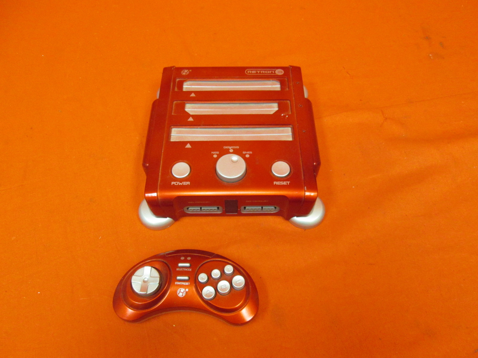 Hyperkin Retron 3 Gaming Console 2.4 GHz Edition For SNES/ Genesis/