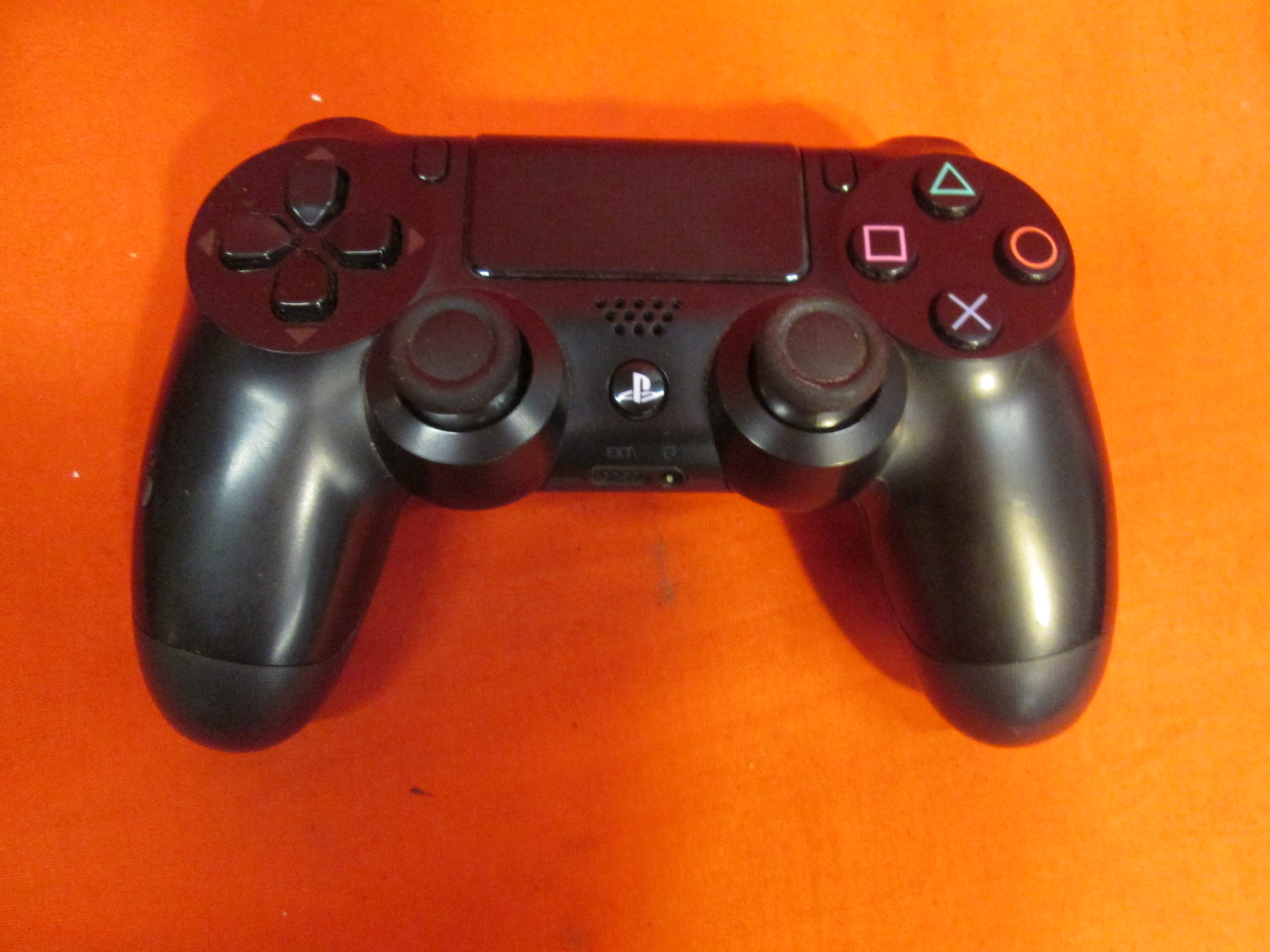 Broken Sony PlayStation 4 Dualshock 4 Wireless Controller Jet Black