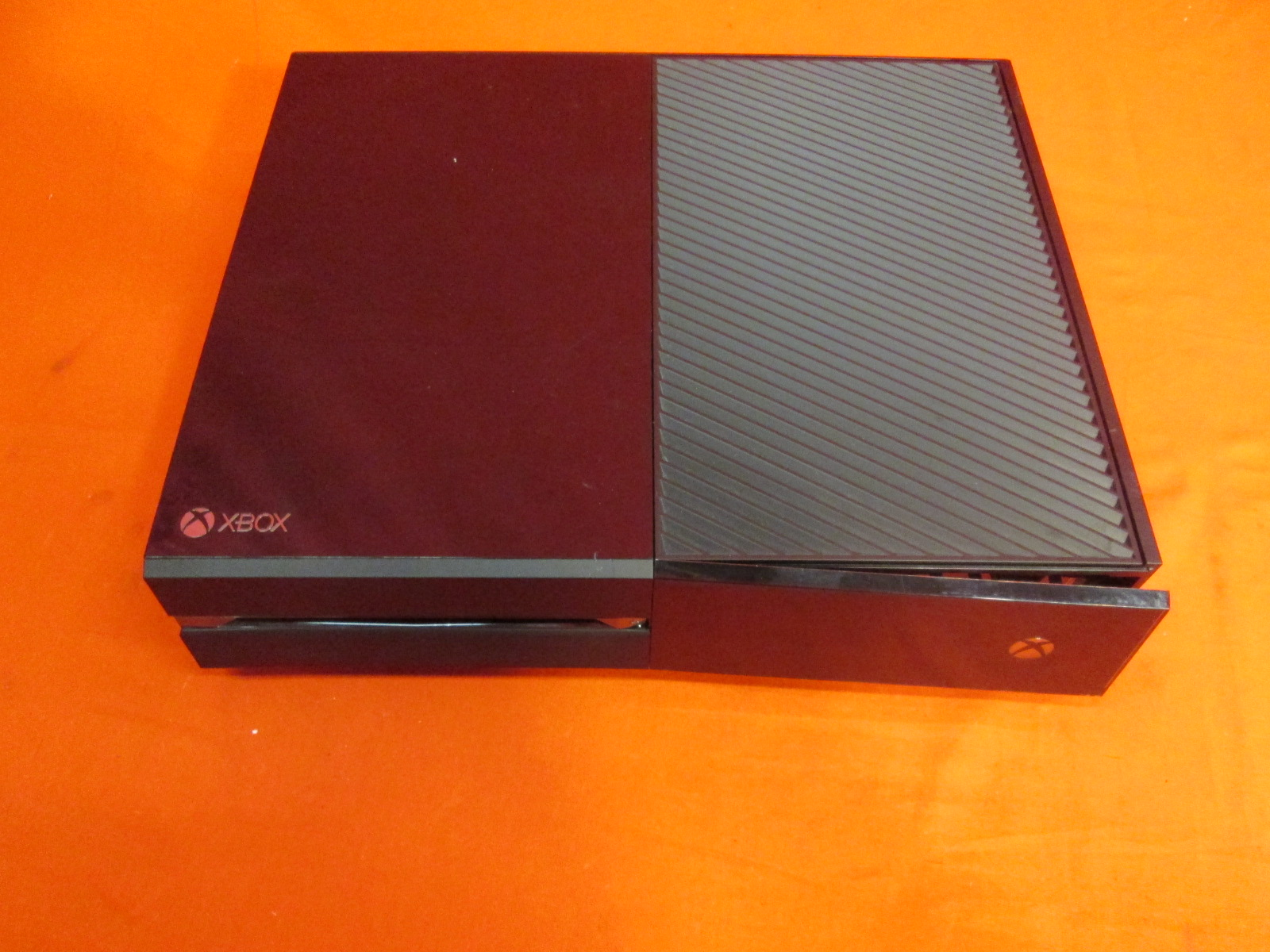 Image 0 of Broken Xbox One 500GB Video Game Console Only