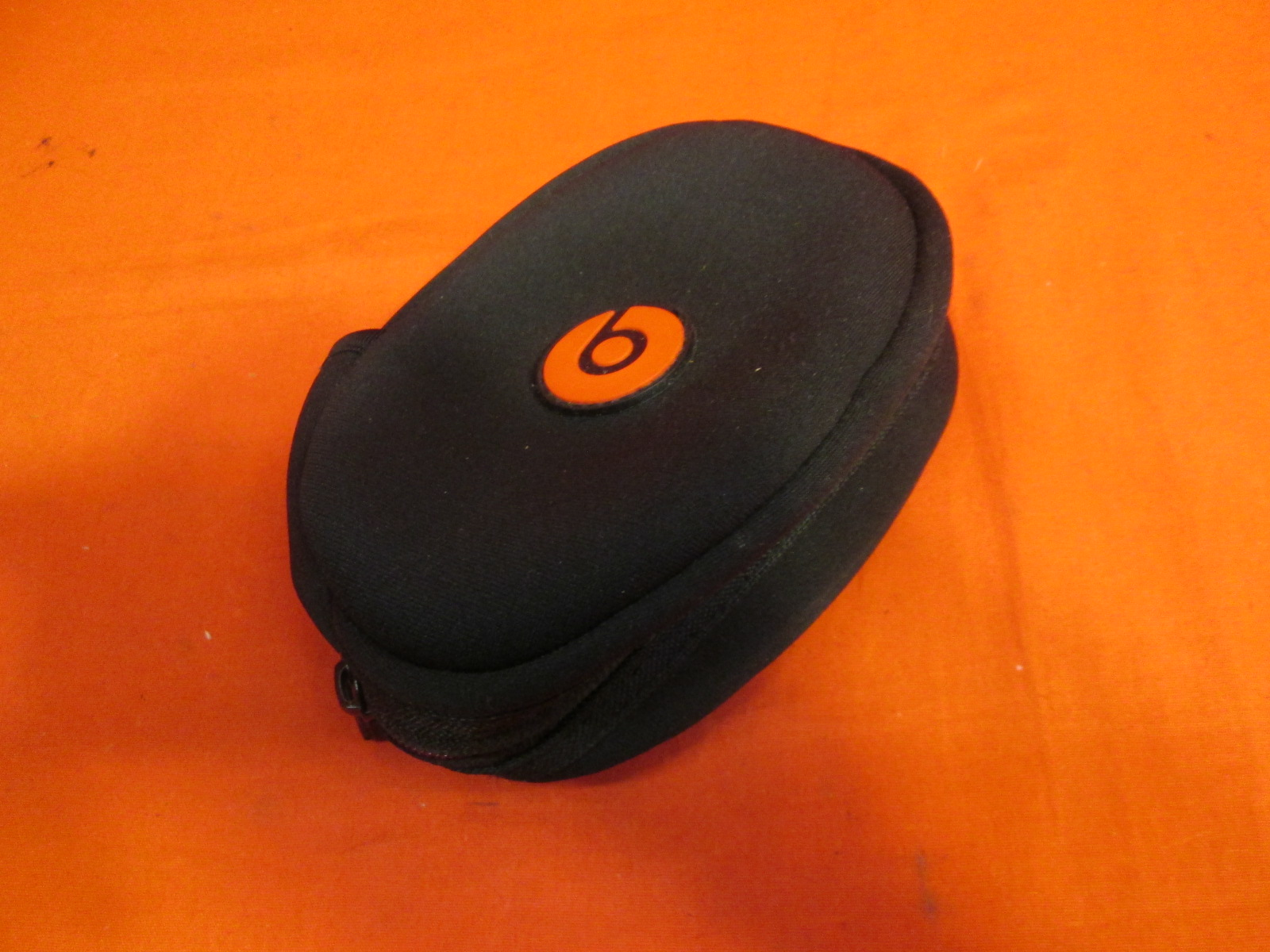 Beats OEM Replacement Soft Case Black For Beats Headphones