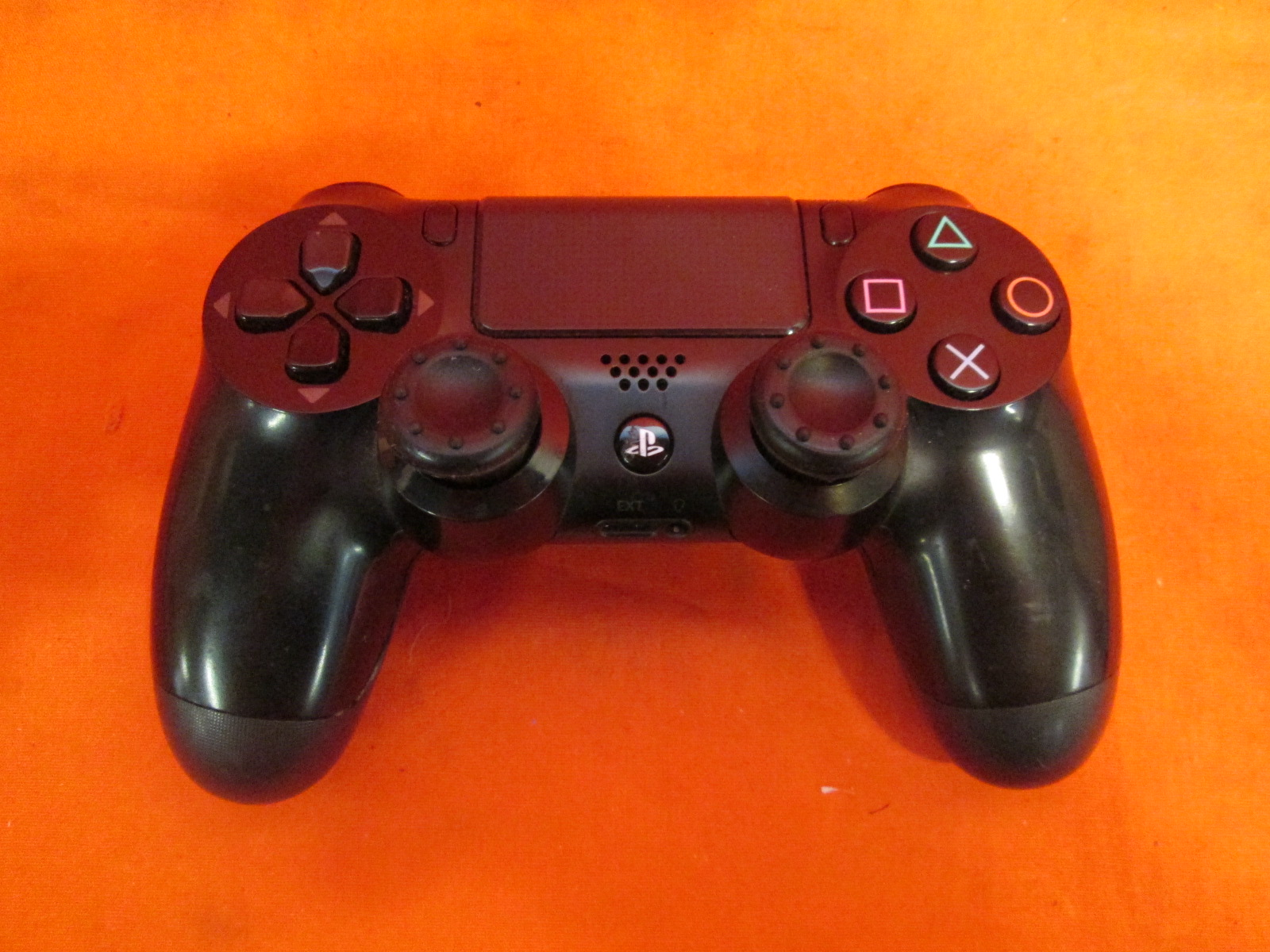 PlayStation 4 Wireless Controller Black Broken