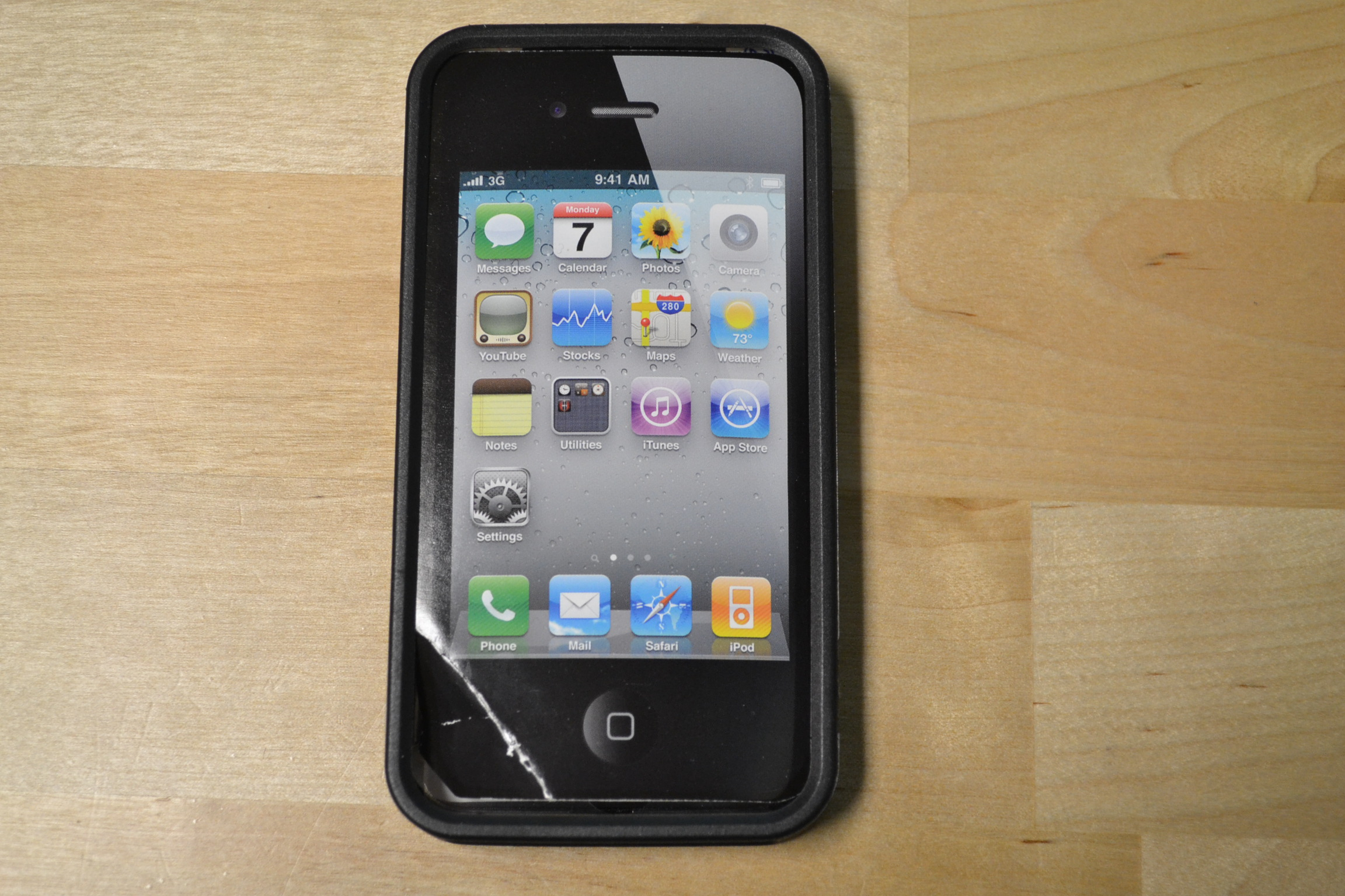 super popular 81985 a4394 Life Works Flexx Rubber Bumper With Plastic Back For iPhone 4/4S Black