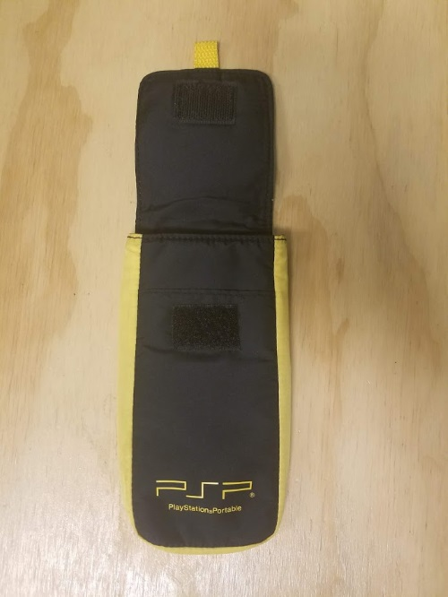 Image 2 of Yellow And Black Nylon Carry Pouch For PSP