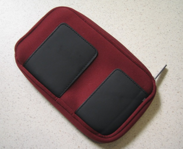 BD&A Essentials XL Zippered Neoprene Burgundy Pouch Red For 3DS