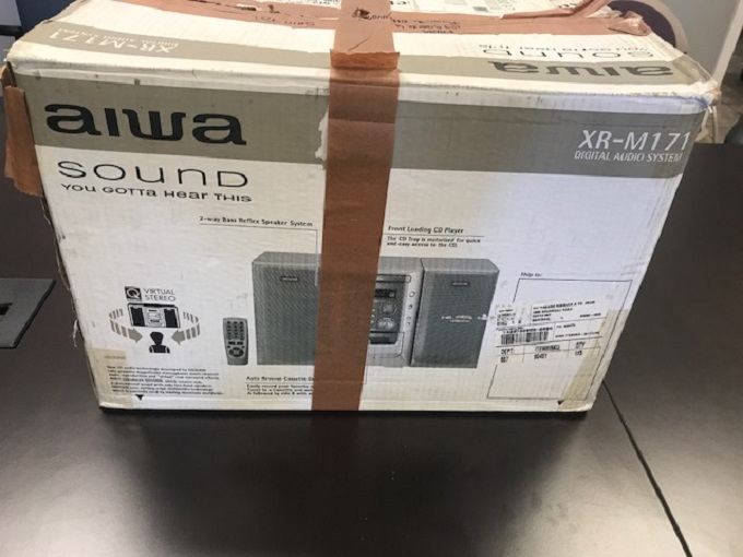 Aiwa Sound XR-M171 Speaker CD Stereo System Silver