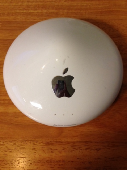 Apple M8799LL/A Airport Extreme Base Station With Modem And Antenna Port